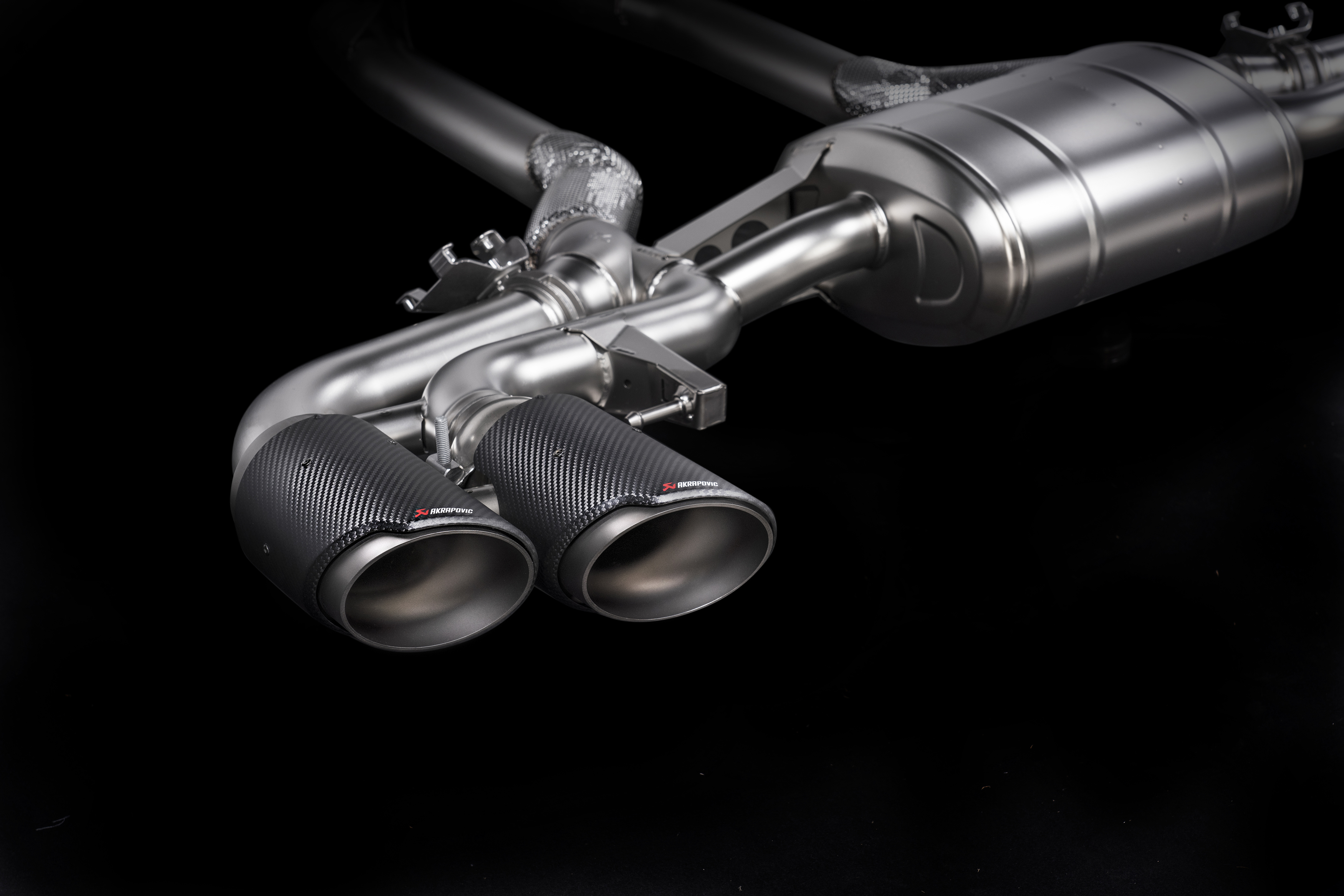Akrapovic exhaust system for the BMW X5M (F95) and BMW X6M (F96)